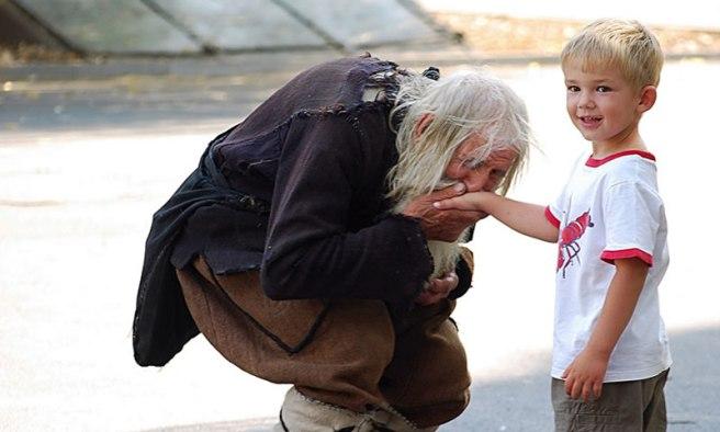 Vedete-Questo-Mendicante-Non-Dimenticherete-Mai-Quello-Che-Fa….E-Non-Dovreste-Dimenticarlo-3-5