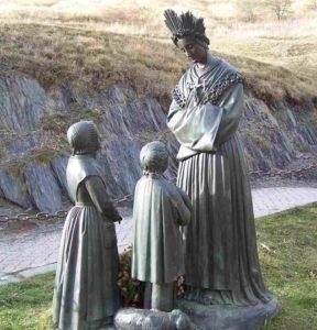 la-salette-statue